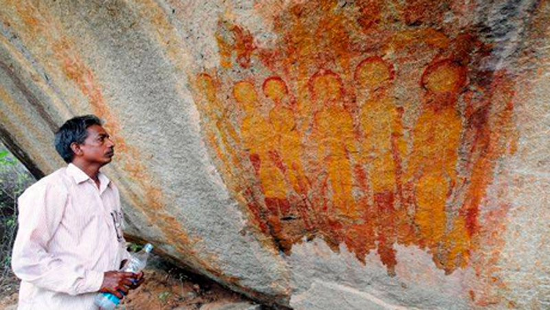 india-rupestre-ovni