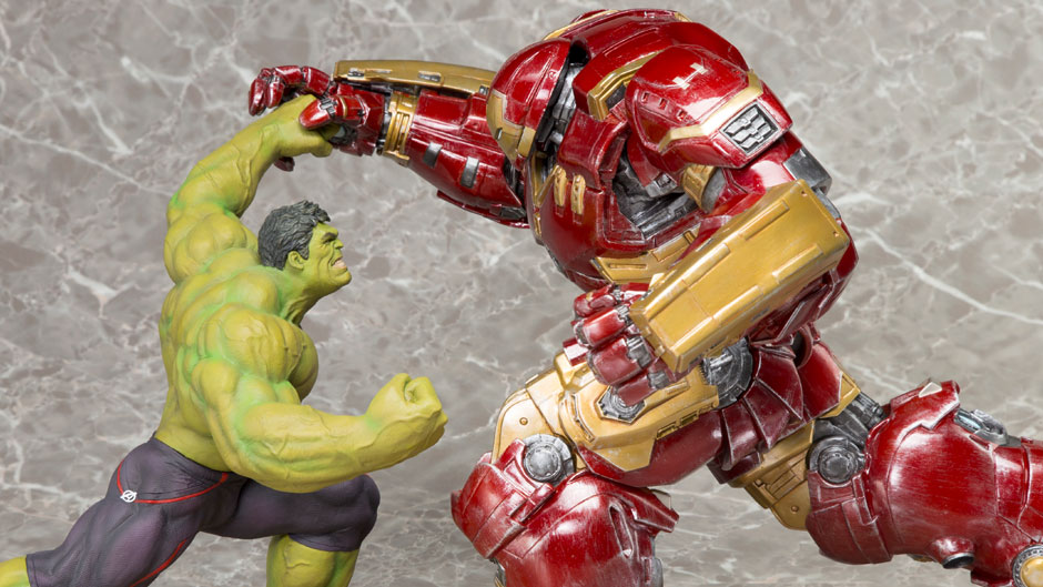 Hulkbuster-Iron-Man-and-Hulk-ARTFX-Statues-from-Kotobukiya