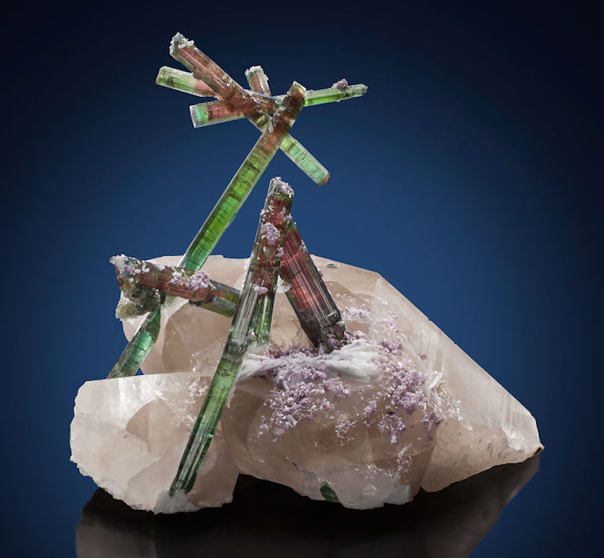 amazing-stones-minerals-20__700