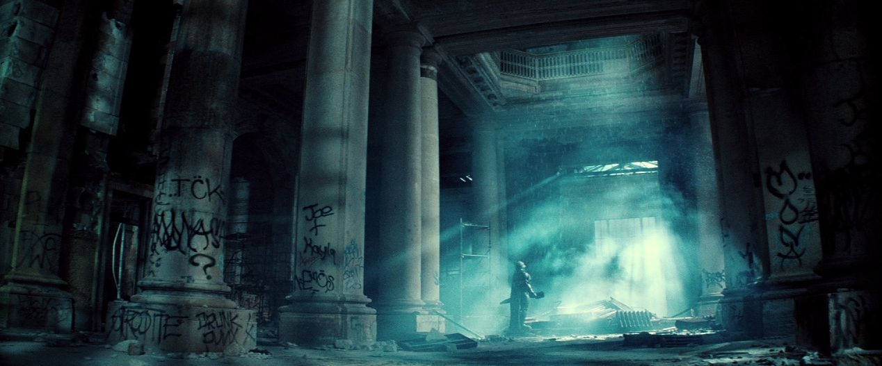 every-easter-egg-and-dc-reference-you-missed-in-batman-v-superman-dawn-of-justice-904839